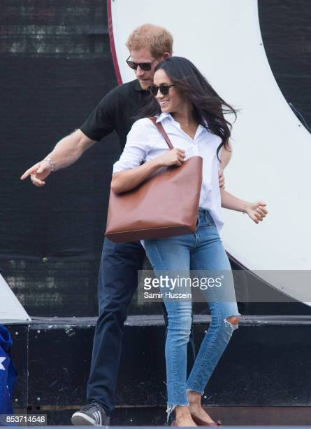 Meghan Markle and Prince Harry appear together at the wheelchair tennis on day 3 of the Invictus Games Toronto 2017 on September 25, 2017 in Toronto,...
