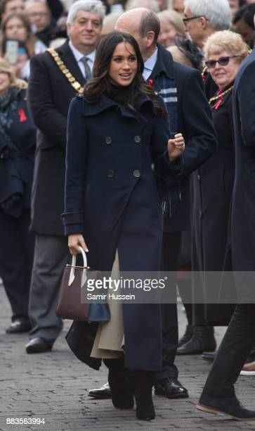 Meghan Markle goes on a walk about at Nottingham Contemporary on December 1 2017 in Nottingham England Prince Harry and Meghan Markle announced their...
