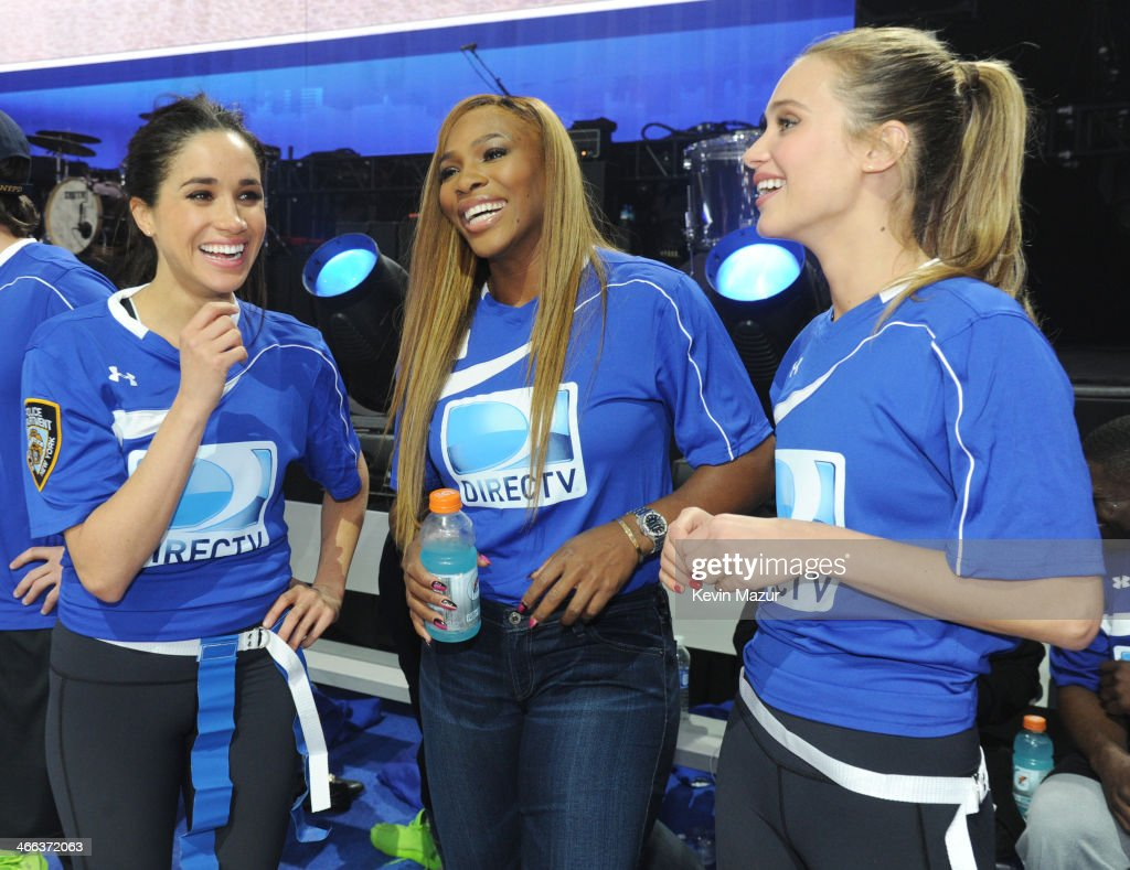 DirecTV Beach Bowl - Game : News Photo
