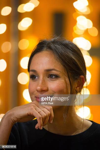 Meghan Markle visits Reprezent 1073FM in Pop Brixton on January 9 2018 in London England The Reprezent training programme was established in Peckham...