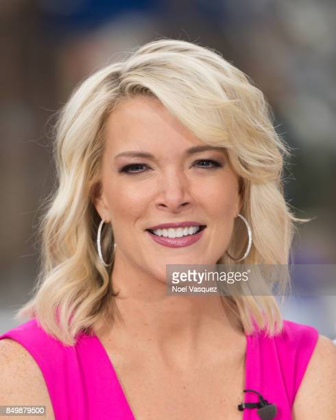 Megyn Kelly visits 'Extra' at Universal Studios Hollywood on September 19 2017 in Universal City California