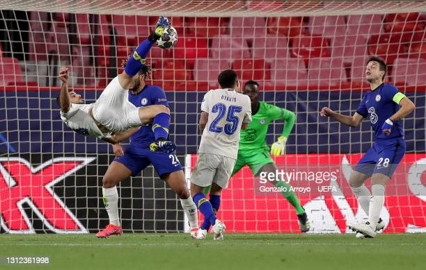 Mehdi Taremi of Porto scores their team's first goal during the UEFA Champions League Quarter Final Second Leg match between Chelsea FC and FC Porto...