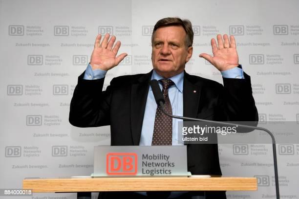 Mehdorn Hartmut Vorstandsvorsitzender Deutsche Bahn AG D auf einer Pressekonferenz zur DatenschutzAffaere