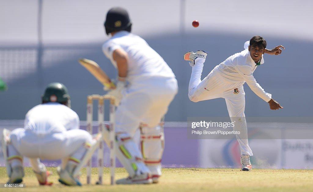 Bangladesh v England - First Test: Day Three : News Photo