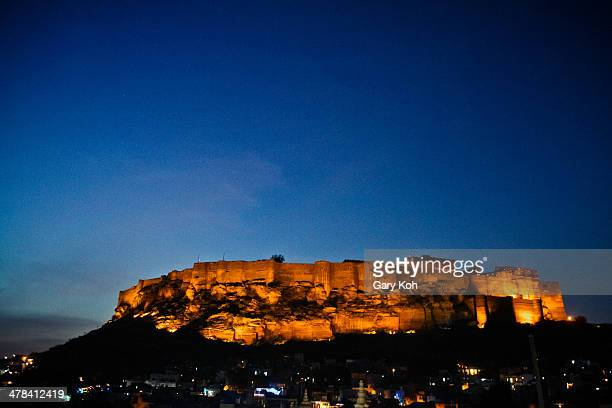 CONTENT] Mehrangarh Fort as seen from the city of Jodhpur at dusk It is one of the largest forts in India and towers 400 feet above the city Jodhpur...