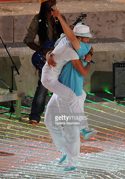 Mehrzad Marashi and Mark Medlock attend the Wetten Dass Summer Edition on May 23 2010 in Palma de Mallorca Spain