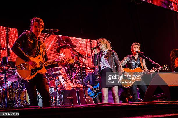 JB Meijers and Ilse DeLange of The Common Linnets perform live on stage as guests of Peter Maffay during a concert at Kindl Buehne Wuhlheide on June...