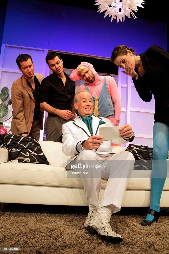 Meine Braut sein Vater und ich von Gérard Bitton und Michel Munz gastiert vom 08. Mai  bis 20. Juli 2014 im Theater am Dom, Köln : News Photo
