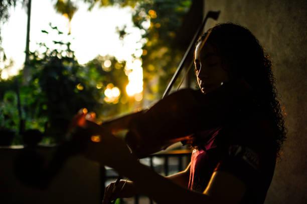 BRA: Underprivileged Children and Teenagers of Vianopolis Practice Online with Orquestra Jovem Ramacrisma Amidst the Coronavirus (COVID - 19) Pandemic