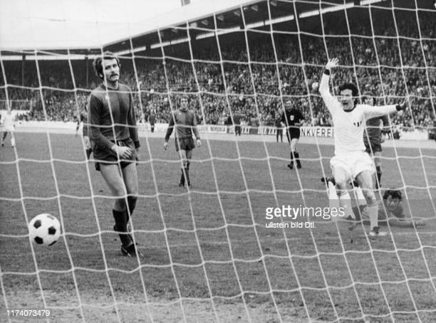 Meisterschaft NLA 1973/74: FCZ - FC Basel; Mundschin, Torschütze Jeandupeux