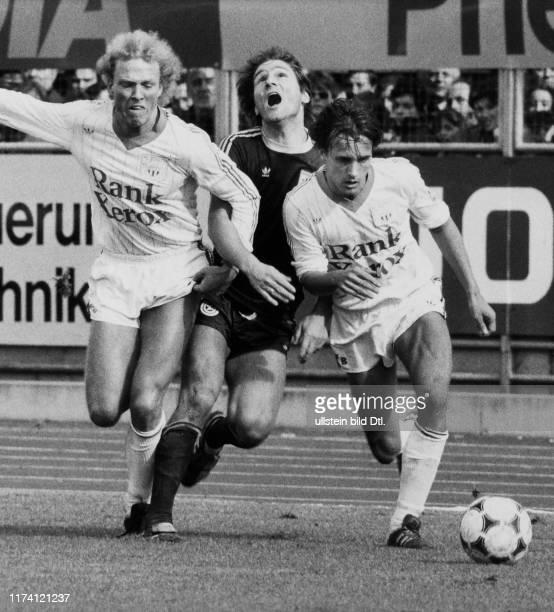 Meisterschaft NLA 1981/82: FCZ - GC; Lüdi, Jara, Baur