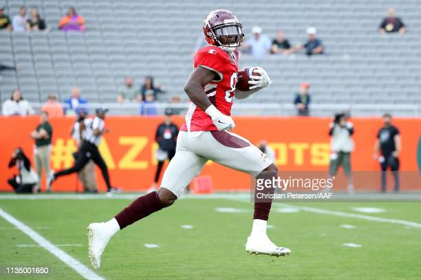 Mekale McKay of the San Antonio Commanders runs with the ball in the first quarter against the Arizona Hotshots during the Alliance of American...