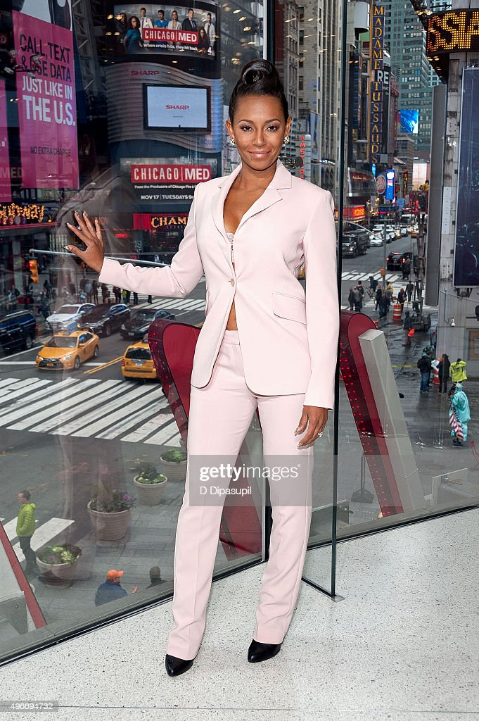 Mel B visits 'Extra' at their New York studios at H&M in Times Square on November 11, 2015 in New York City.