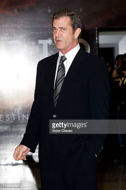 Mel Gibson director during 'Apocalypto' Mexico City Premiere Photocall at Cinemex Plaza Antara in Mexico Mexico City Mexico