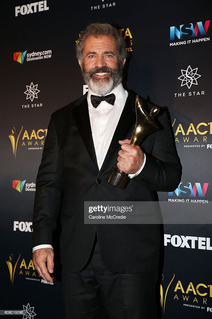 Mel Gibson poses in the media room after winning the AACTA Award for Best Direction for Hacksaw Ridge at the 6th AACTA Awards Presented by Foxtel at The Star on December 7, 2016 in Sydney, Australia.