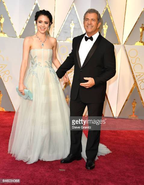 Mel Gibson Rosalind Ross arrives at the 89th Annual Academy Awards at Hollywood Highland Center on February 26 2017 in Hollywood California