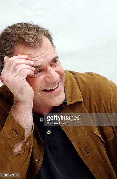 Mel Gibson Writer/Director during 'The Passion of the Christ' Press Conference with Mel Gibson Jim Caviezel and Maia Morgenstern at Four Seasons...