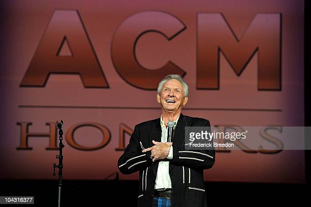 Mel Tillis accepts the Cliffie Stone Pioneer Award during the 4th Annual ACM Honors at the Ryman Auditorium on September 20 2010 in Nashville...