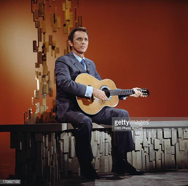 Mel Tillis performs on THE GLEN CAMPBELL GOODTIME HOUR Image dated April 4 1971