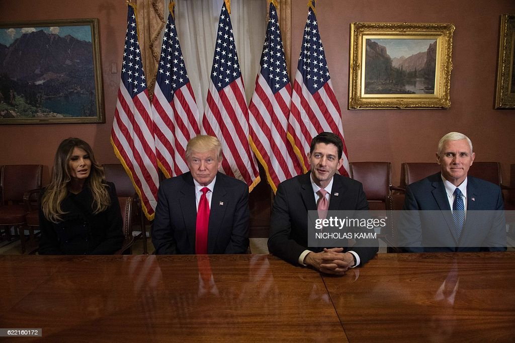 Melania Trump, US President-elect Donald Trump, House Speaker Paul Ryan and Vice President-elect Mike Pence meet at the US Capitol in Washington, DC, on November 10, 2016. / AFP / NICHOLAS