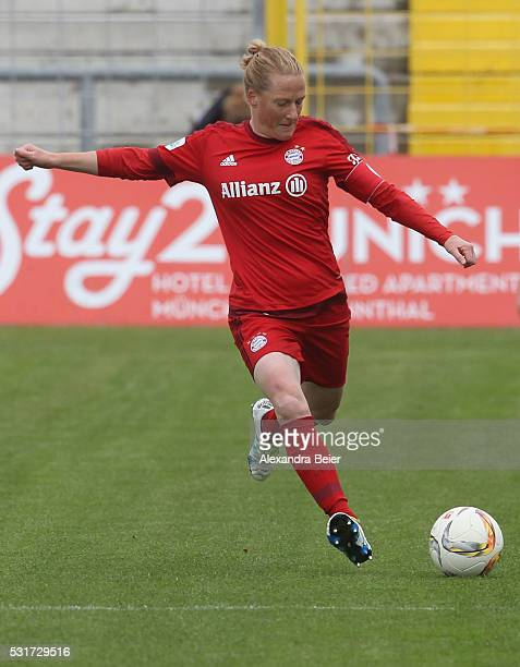 Melanie Behringer of Bayern Muenchen kicks the ball during the women Bundesliga match between FC Bayern Muenchen and 1899 Hoffenheim at Stadion an...