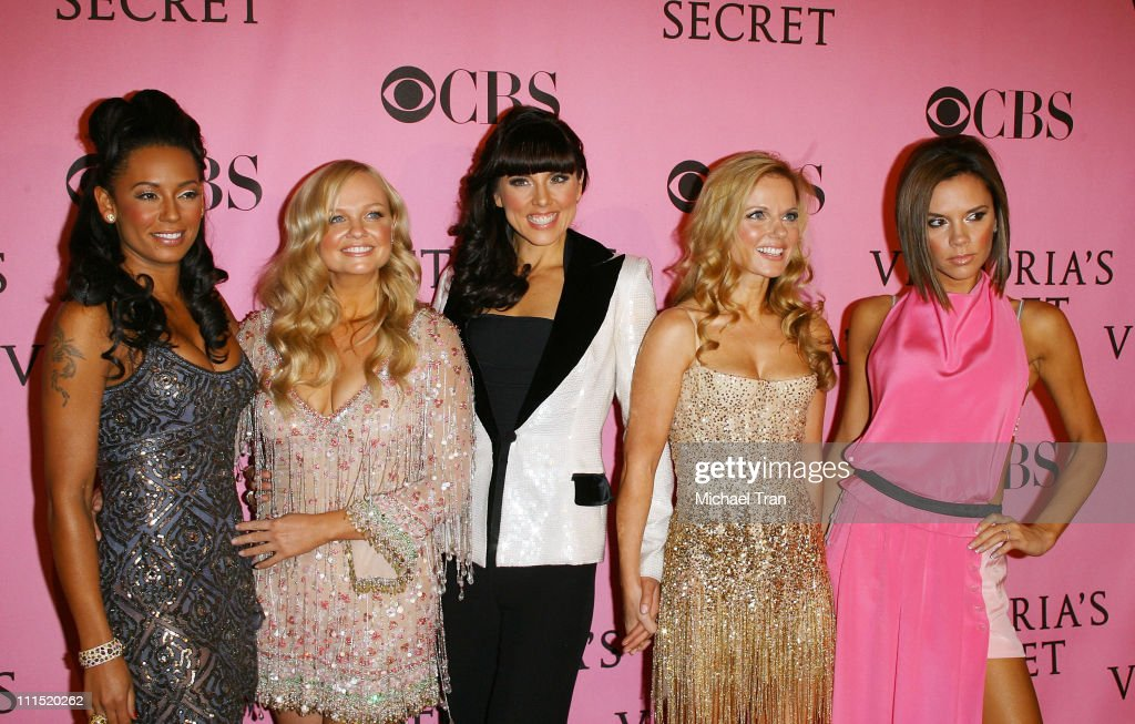 Melanie Brown, Emma Bunton, Melanie Chisholm, Geri Halliwell and Victoria Beckham of The Spice Girls arrive at The 2007 Victoria's Secret Fashion Show held at Kodak Theater on November 15, 2007 in Hollywood, California.