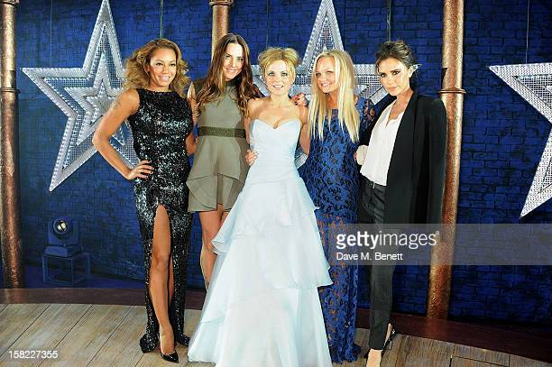 Melanie Brown, Melanie Chisholm, Geri Halliwell, Emma Bunton and Victoria Beckham pose backstage during the Gala Press Night performance of 'Viva...