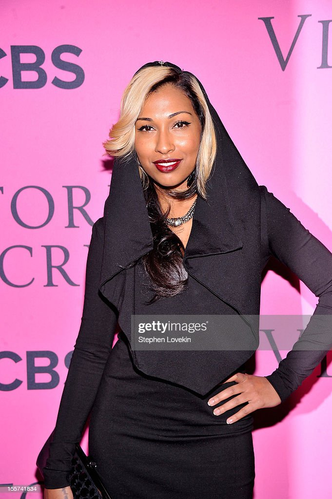 Melanie Fiona attends the 2012 Victoria's Secret Fashion Show at the