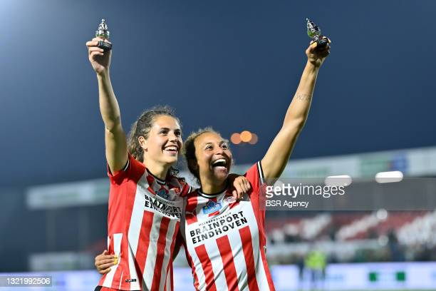 Melanie Gerdina Ida Bross of PSV Eindhoven and Ellie Jean of PSV Eindhoven during the Women's KNVB Cup Final match between ADO Den Haag and PSV at...