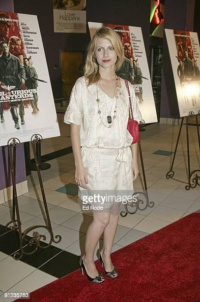 Melanie Laurent attends the ''Inglourious Basterds'' premiere at the Regal Green Hills on August 20 2009 in Nashville Tennessee