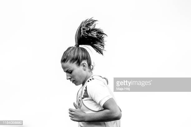 Melanie Leupolz warms up during a training on June 05 2019 in Bruz France prior to FIFA Women's World Cup France 2019 Germany will play their first...