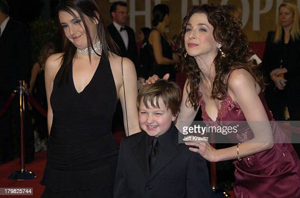 Melanie Lynskey Angus T Jones and Marin Hinkle during The 30th Annual People's Choice Awards Arrivals at Pasadena Civic Auditorium in Pasadena...