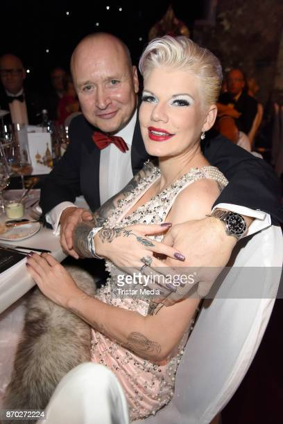 Melanie Mueller and her husband Mike Bluemer attend the Leipzig Opera Ball on November 4 2017 in Leipzig Germany