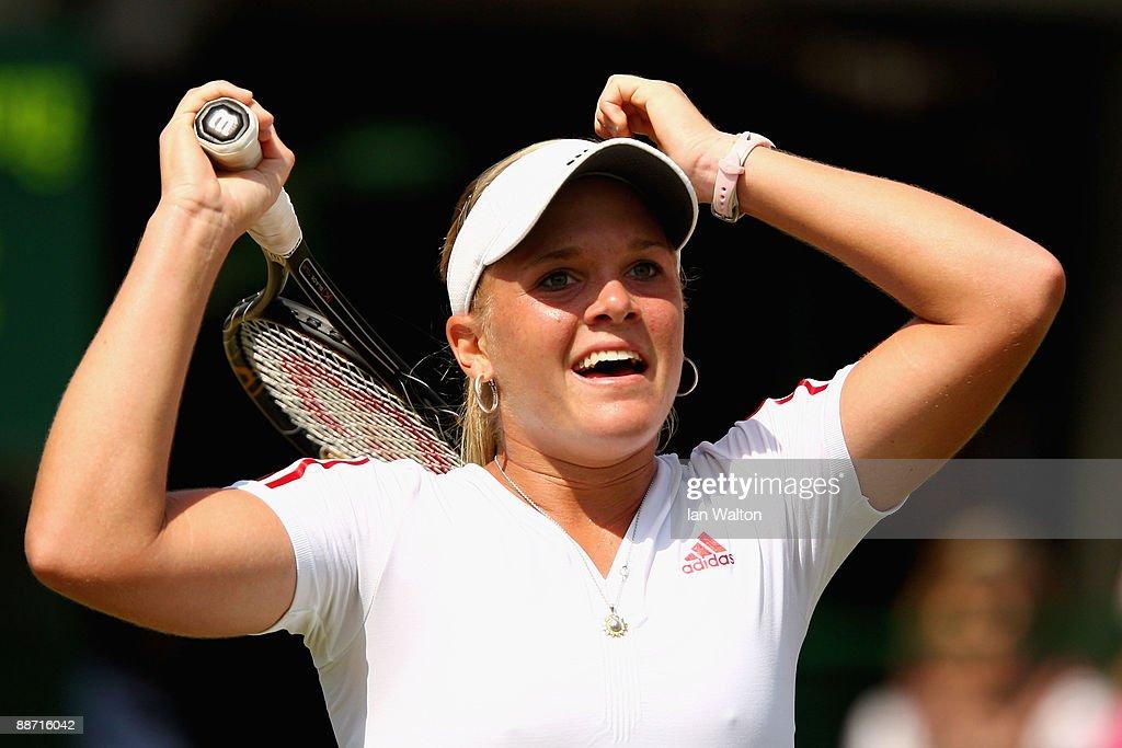 The Championships - Wimbledon 2009 Day Six : News Photo