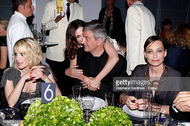 Melanie Thierry Elsa Zylberstein Sydney Toledano Kristin Scott Thomas attend the 'Dior Dinner' during the 63rd Cannes International Film Festival