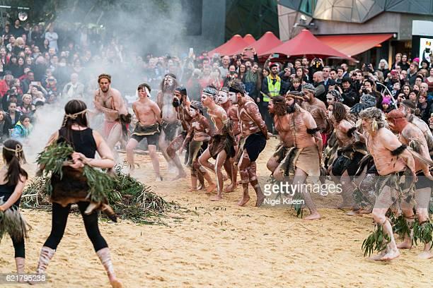 melbourne aboriginal ceremony, tanderrum - ceremony stock pictures, royalty-free photos & images