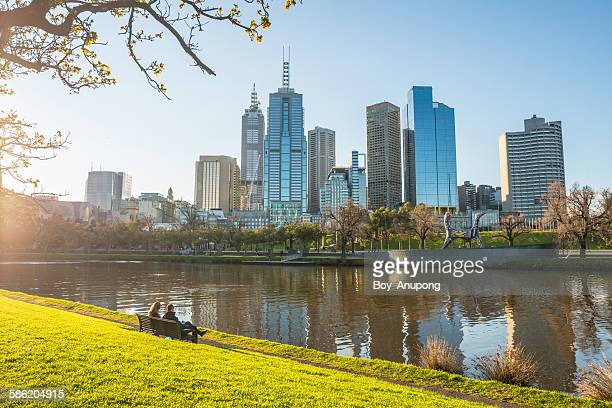 melbourne city the most liveable city in the world - melbourne austrália - fotografias e filmes do acervo