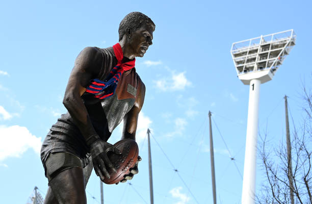 AUS: Football Fans Show Support Ahead of Perth AFL Grand Final