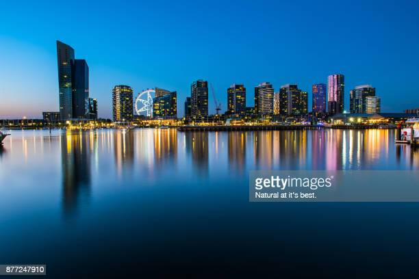Melbourne Dockland (view from victoria Habour Promanade)1