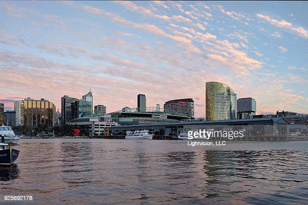 melbourne, docklands - australia skyline - docklands stadium melbourne foto e immagini stock