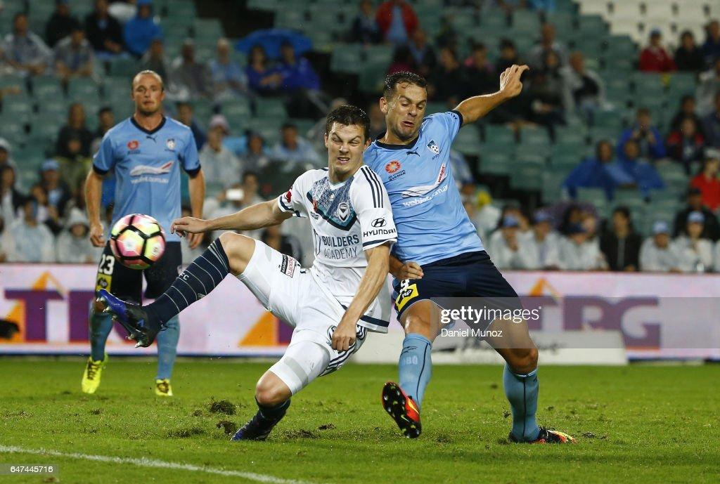A-League Rd 22 - Sydney v Melbourne : News Photo