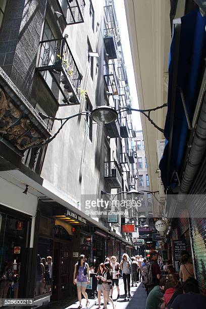 Melbourne laneways and cafés