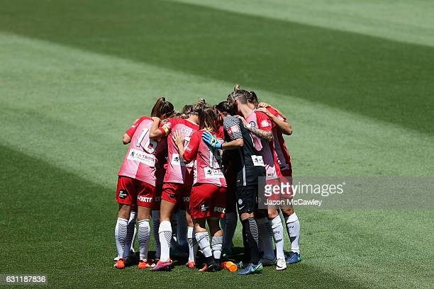 Melbourne players form a huddle during the round 11 WLeague match between Sydney FC and Melbourne City FC at Allianz Stadium on January 8 2017 in...