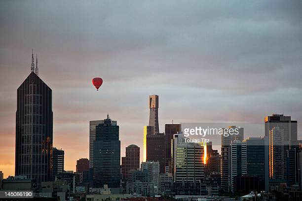 Melbourne skyline, dusk