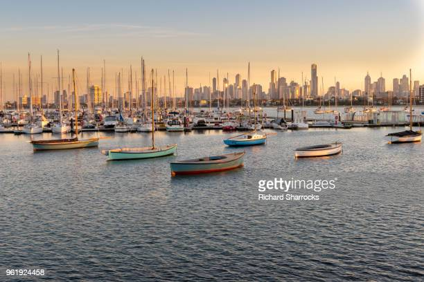 melbourne skyline - victoria australia stock pictures, royalty-free photos & images