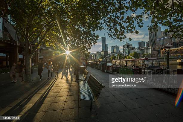 melbourne southbank at dusk - national landmark stock pictures, royalty-free photos & images