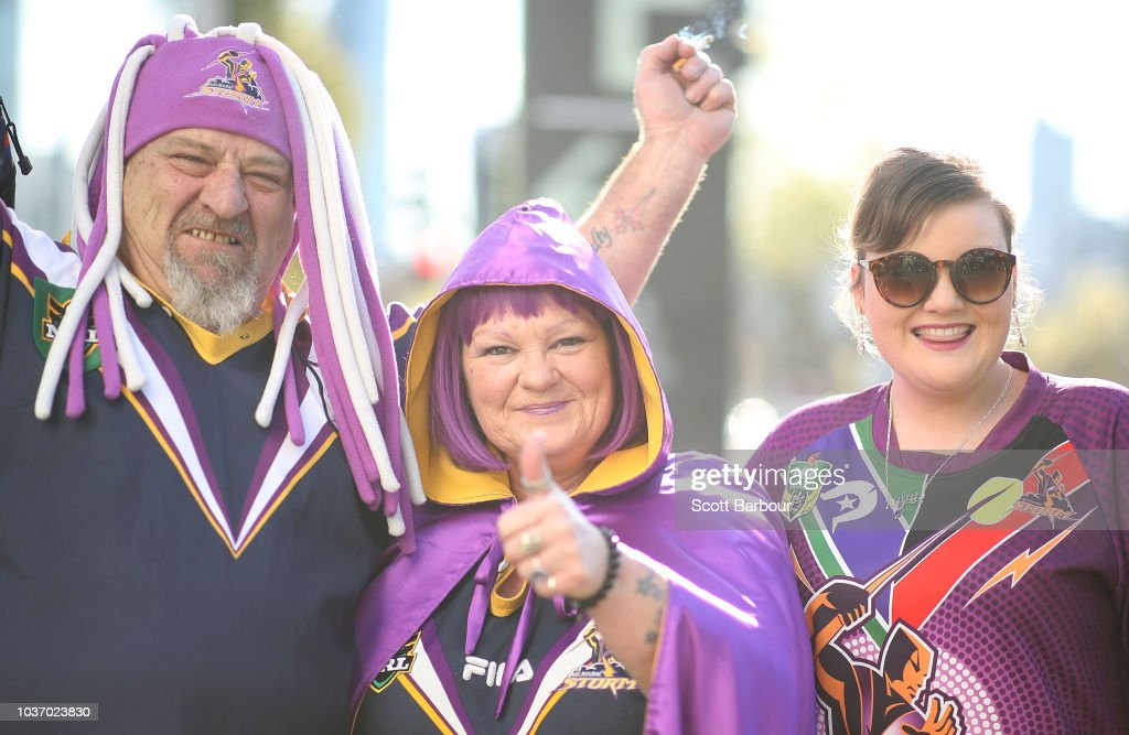 Fans Descend On Melbourne CBD Ahead Of Football Finals Double-Header