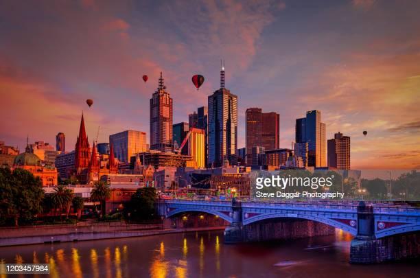 melbourne sunrise - melbourne australia imagens e fotografias de stock