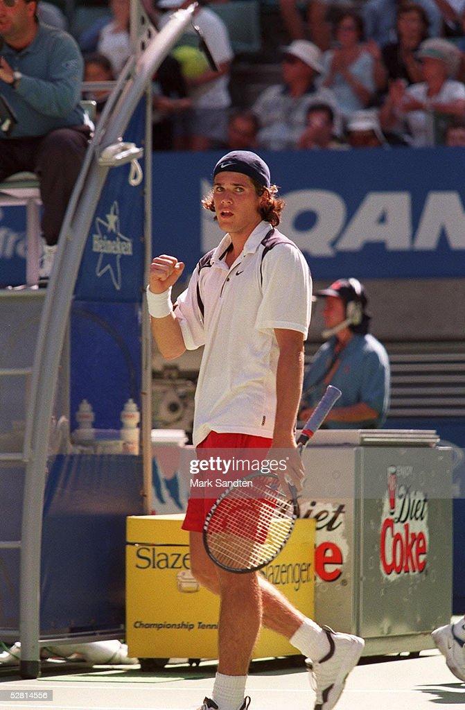 TENNIS: AUSTRALIAN OPEN 1999 : News Photo