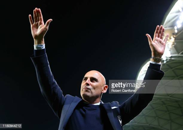 Melbourne Victory coach Kevin Muscat farewells the crowd after coaching his last match for the club, the AFC Champions League Group Stage match...